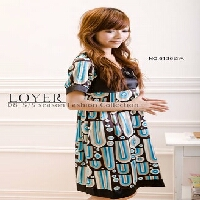 loyer6136_blue.jpg
